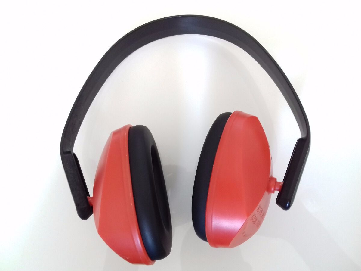 capacete proteção ruído